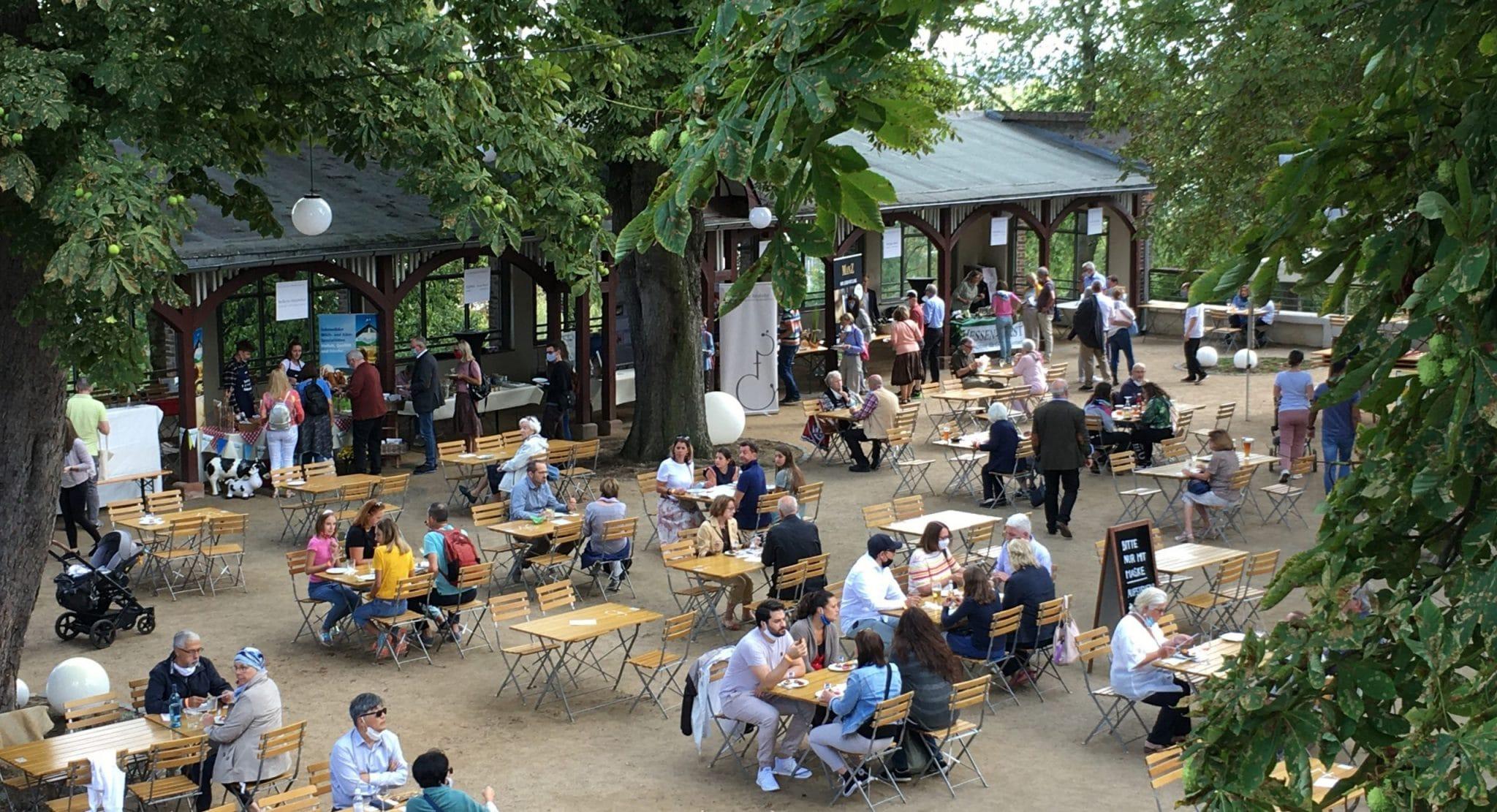 Bornheimer Ratskeller beer garden